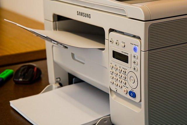 Quels sont les qualités et les défauts d'une imprimante laser